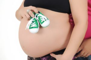 9 mois de grossesse ventre