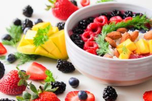 Aliments naturels, fruit, aliments, Superbe, la nourriture végétarienne, Alimentation, légume, plat, Frutti di bosco, garnir, salade, cuisine, recette, dessert